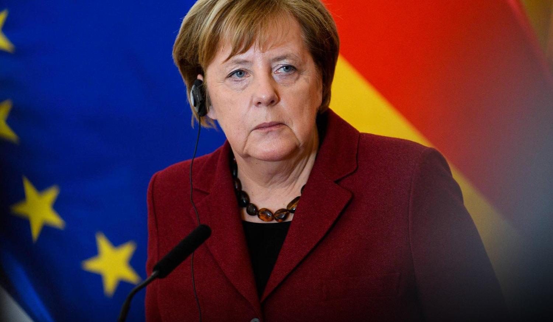 На Украине раскрыли причину неожиданной смены поведения Ангелы Меркель