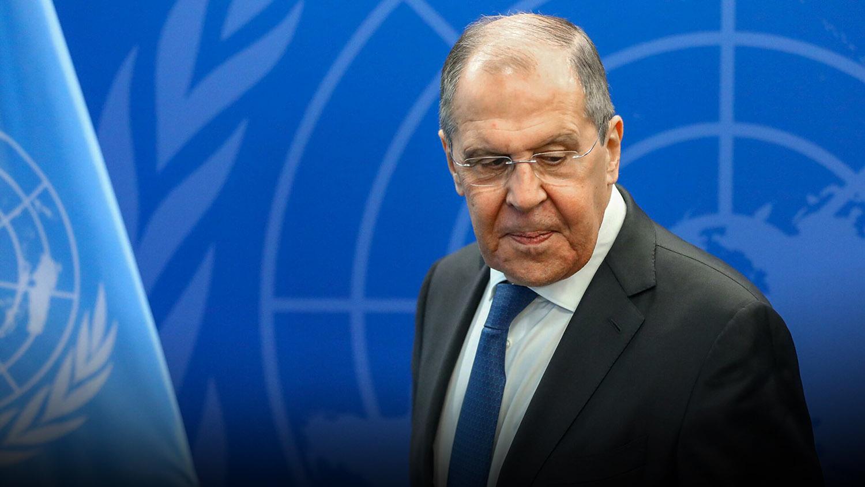 Лавров пошутил о постоянных просьбах Украины к Западу